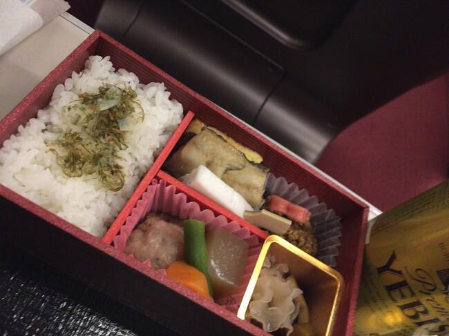 東北新幹線グランクラスの和軽食(前々回)
