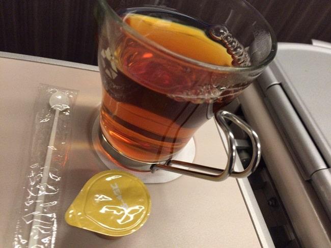 東北新幹線グランクラスの紅茶