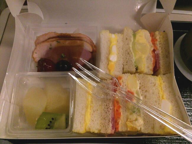 東北新幹線グランクラスの洋軽食