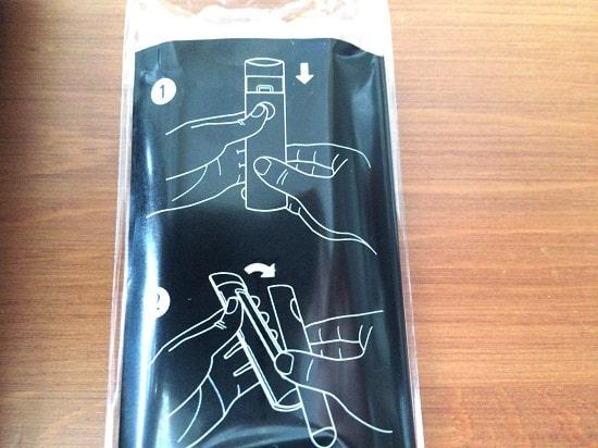 Amazon Fire TV Stick 4Kリモコンの電池の入れ方