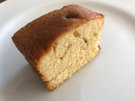 カルディ 黒豆きな粉パウンドケーキひと切れ