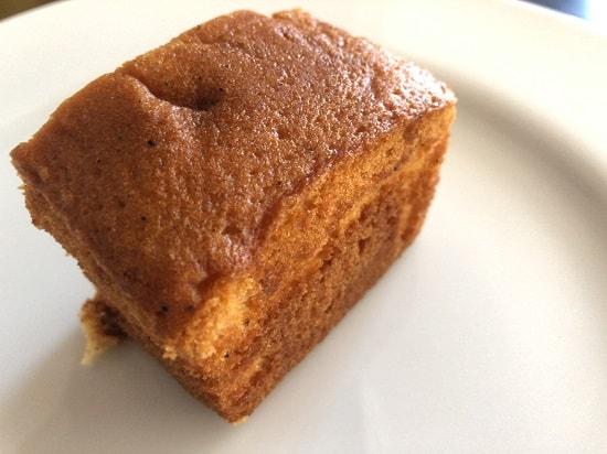 カルディ 黒豆きな粉パウンドケーキの端っこ